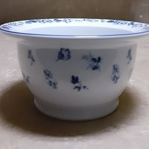 Laura Ashley Sophia bowl
